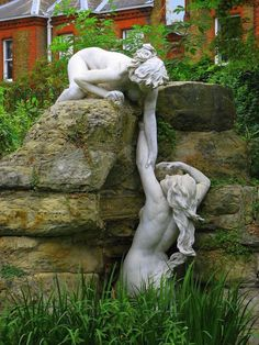 Amazing sculpture art!