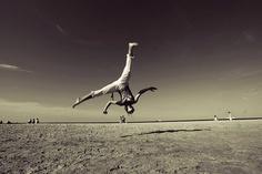'Andorinha' from Grupo Capoeira Brasil (Polonia) doing a 'au sem mao'