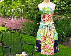 Fat Quarter Garden Apron | Sew4Home
