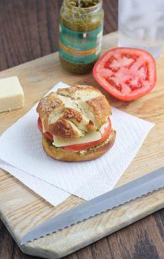Tomato, Pesto and Cheddar Pretzel Sandwich   bakeyourday.net