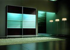 Chic Sliding Door Wardrobe Design in Spacious Modern Bedroom Design #unique #interior #design // #interiordesign