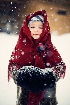 Beautiful. little girls, red riding hood, little red, snow pictures, children, beauti, portrait, christma, kid