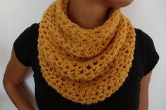 Simple cowl free crochet pattern