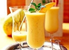 Healthified Tropical Papaya Smoothie