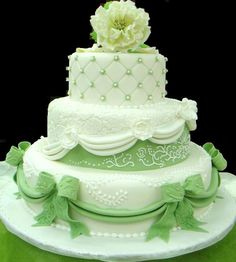 Google Image Result for http://cakepantry.com/wp-content/uploads/2010/01/white-green-wedding-3-tiers.jpg
