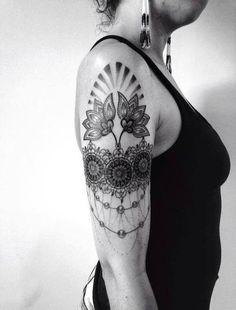 henna-ish upper arm