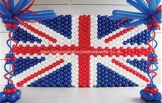 how to build balloon wall: 352 red, 564 white, 488 blue