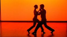Everybody loves Salsa Dancing - now i just need a partner