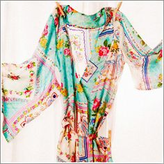 Kimono Style Robe. Knee Length. Silk Road Sweet. - Plum Pretty Sugar