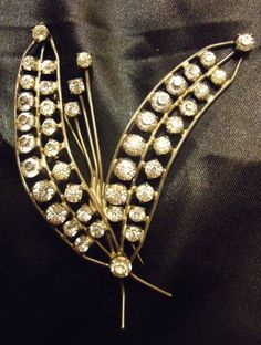 "HUGE Vintage Not Scrap 26.7g STERLING SILVER 925 & Crystal Rhinestone Brooch Pin (you see !! nowhere the word ""flower"" nor ""lily"" or ""lily of the valley"" ...)"