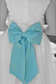 #Tiffany Blue Wedding ... Tiffany Blue bridesmaid bows  www.egovolo.com
