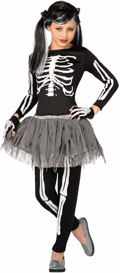I love that this is a cute NON SKANKY Halloween costume for a little girl!!