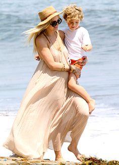 Ashlee Simpson with son Bronx