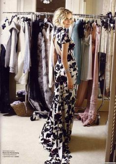 Black and white floral dress. Back detail.