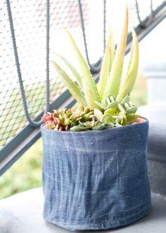 DIY: denim flower pot cover
