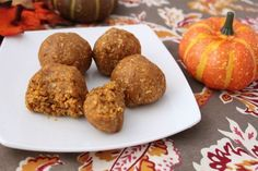 Pumpkin Amazeballs | Fitnessista | #vegan #recipe | I'll be making these this weekend, and using PB2 for the nut butter. ~Ellen