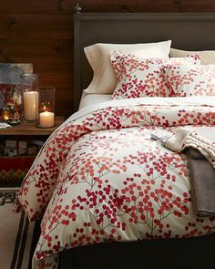 The coziest flannel bedding you'll ever feel, now with a graphic Bittersweet motif printed with three colors for a subtle collage effect.