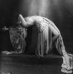 One of the dancers of the Folies Bergere (1925)