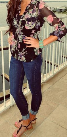 Sandals Dark Blue Jeans And Floral Shirt Spring Fashion