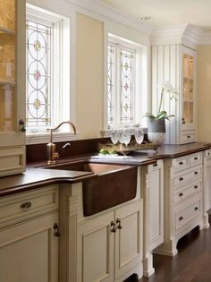shabby chic country kitchen design 6- love the copper sink