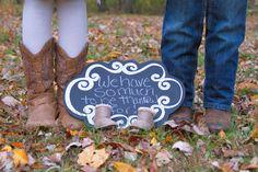 Fall pregnancy announcement.