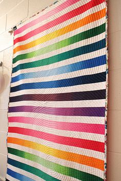 Ombre Strip Quilt--love the quilting!