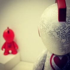 Love this shot from @krozetech - @Kidrobot x #KeithHaring (RED) #RobotsFightAIDSToo