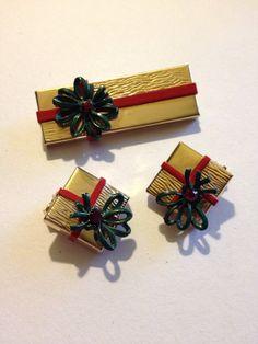 Vintage Christmas Jewelry Set Brooch & by GoodSoulVintageMI, $25.00