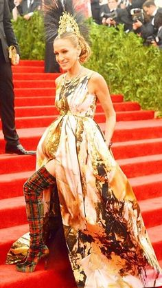 Sarah Jessica Parker @ The Met Ball 2013; rocking punk out in true fashion and all out! from head wear to foot wear