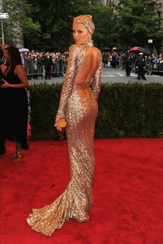 Karolina Kurkova in Rachel Zoe, at the Met Gala