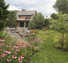 Mountain Lodge, Planting traditional landscape