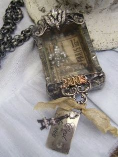 Assemblage necklace tutorial