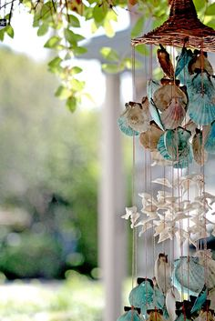 DIY Inspiration ~ Seashell Windchimes...Gorgeous!