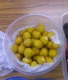Pholourie, a tasty Guyanese food.