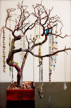 jewelry hanger, tree branches, tree art, necklace holder, idea para