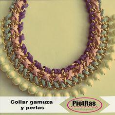 Bonito collar de perlas y gamuza.. solo en PietRas