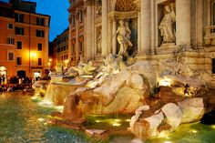 Trevi Fountain - totally want to go here!!
