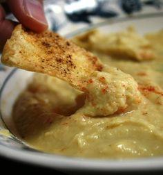 Hummus and Baked Pita Chips