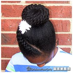 GirlsLoveYourCurls Hair tips and styles for natural hair. Youtube:  https://www.youtube.com/user/GirlsLoveYourCurls   Facebook: https://www.facebook.com/GirlsLoveYourCurls