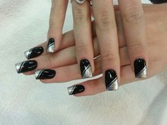 Acrylic nails with designs