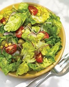 Green Salad with Chickpeas Recipe