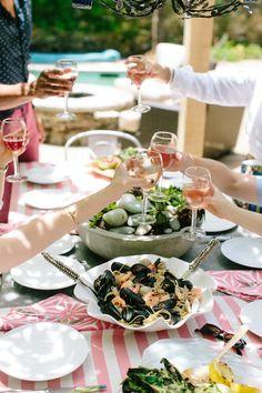 Italian-inspired al fresco dinner party.~Contains recipes.