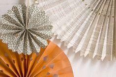 DIY Paper Wheels Backdrop #tutorial #crafts FUN!