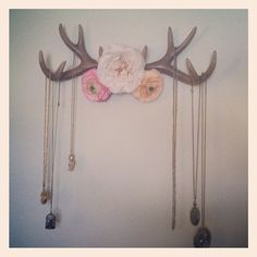 faux antler jewelry holder