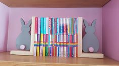 Bunny book ends - Ha