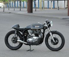Triton | Triumph engine & Norton featherbed frame