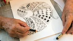 How fortunate were we to have entice Michele Beauchamp to fly up from Tasmania to tropical north Queensland? We had the most amazing Zentangle Weekend Workshop with…