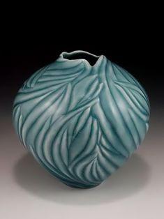 Anne Ginkel clay, vase, ceram, lid vessel, artist, ann ginkel, potteri