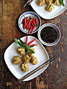 Food : Homemade Dumplings TEN Ways  Easy Appie: Red Curry Shrimp Dumplings | sweetsugarbean