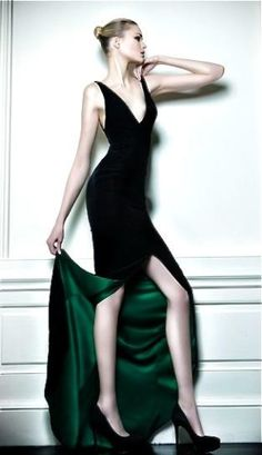 Celia Kritharioti Couture 2013 Green....